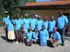 Ntwakgolo_support_group_with_thei_2